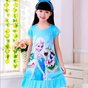 New Disney Frozen Elsa Nightgown